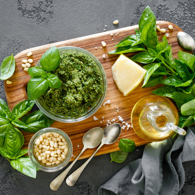 40 Ways to Use Basil